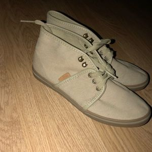 Tan high top vans